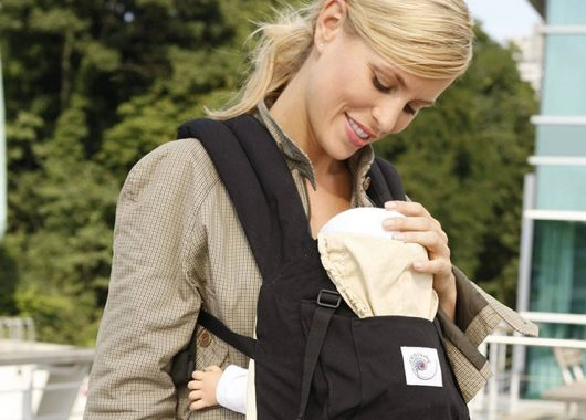 baby wearing tips